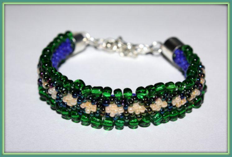 Bransoletka zielono-niebieską Gąsieniczka 025