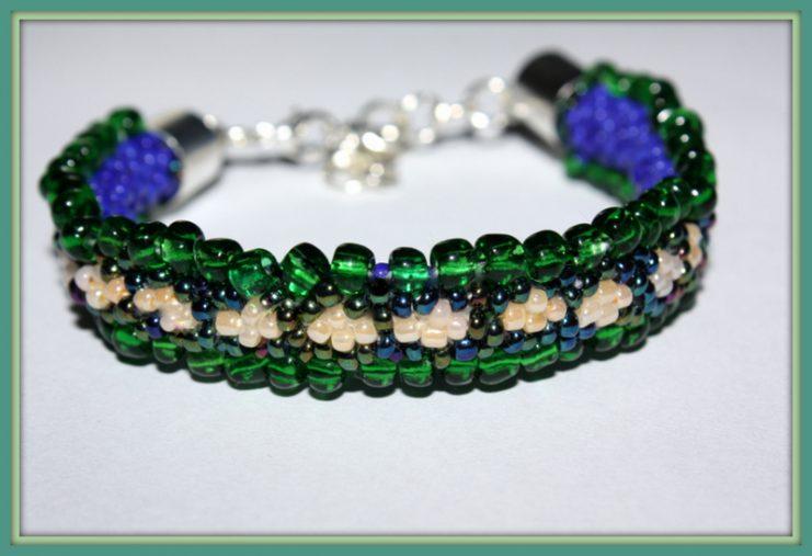 Bransoletka zielono-niebieską Gąsieniczka 027