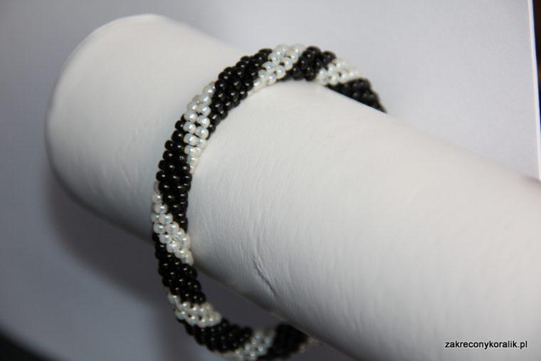 wężowa bransoletka