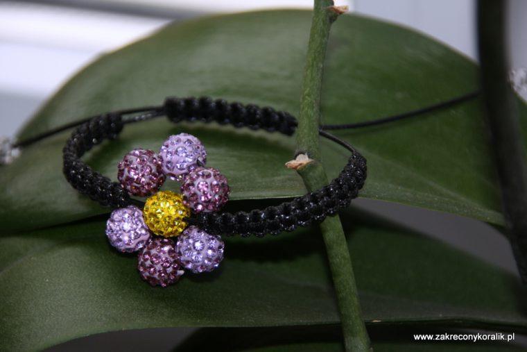 Kwiatowa bransoletka z Shamballa 2