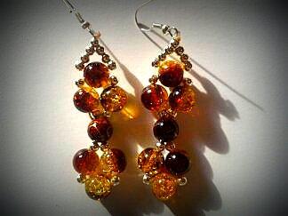 Kolczyki z koralików kokardki złoto- brązowe