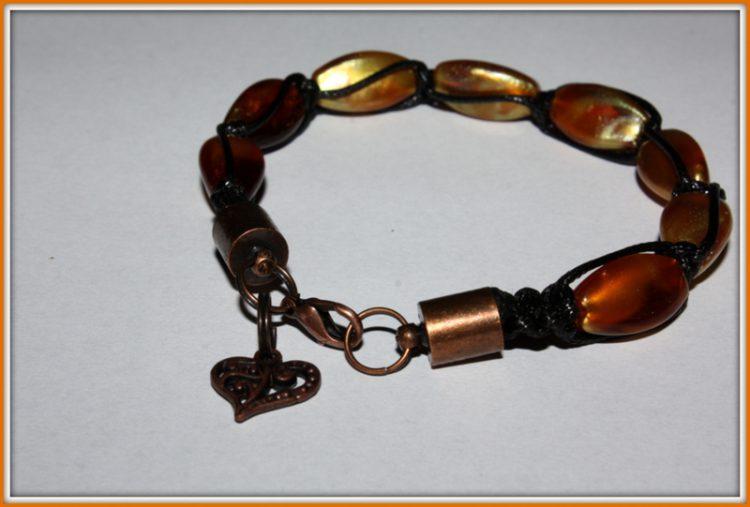 bransoletka makrama w kolorze brązu