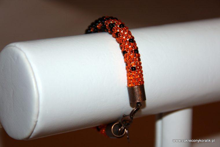 Cieniowana bransoletka pomaranczowo - czarna 011